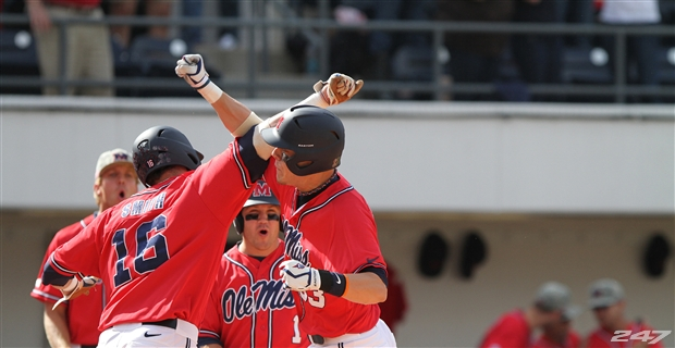 ole-miss-baseball-04