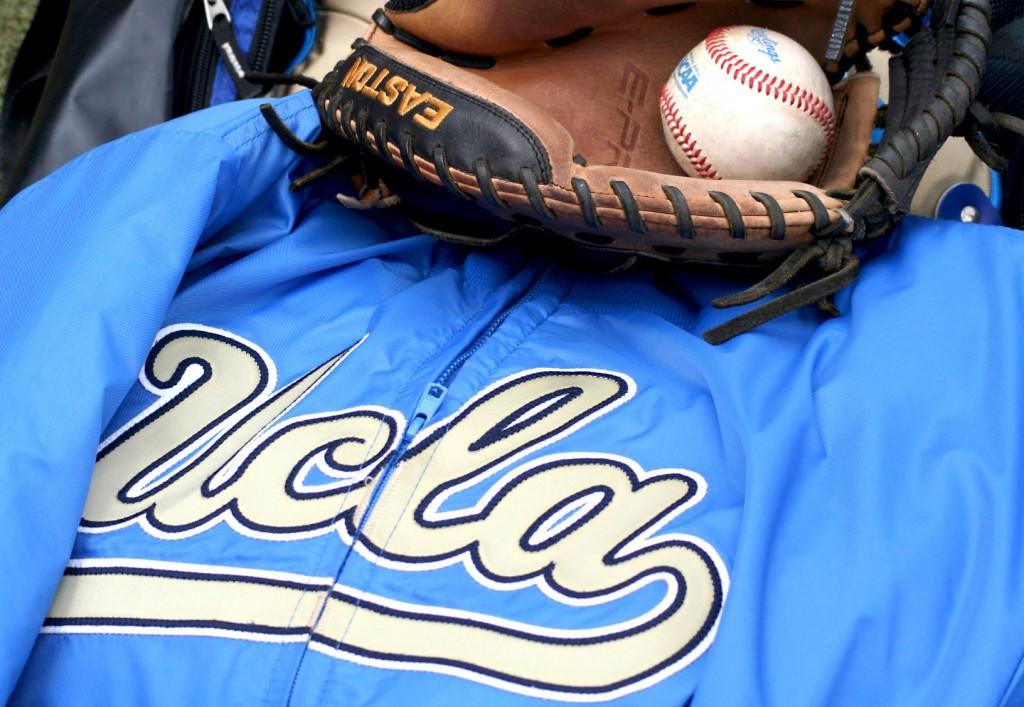 ucla-baseball-02